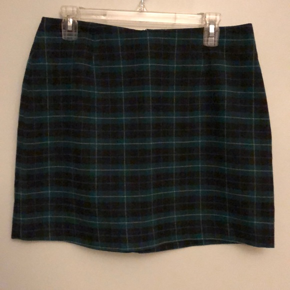 Old Navy Dresses & Skirts - Green/black/white plaid Old Navy skirt